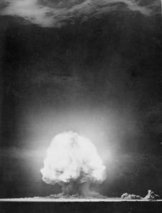 lossy-page1-456px-Trinity_explosion_at_Los_Alamos,_New_Mexico_-_NARA_-_558571_tif